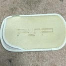 値下げしました!PSP の入れ物 ゴールド