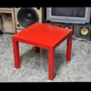 ★真っ赤なテーブル★