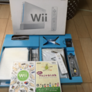 Wii本体 とソフト2つ付けます