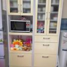 写真追加しました。食器棚