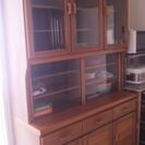 【無料で差し上げます】 食器棚② 少し幅広です
