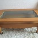 引き出し付き木枠のガラステーブル