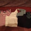 12)キャミソール2枚とTシャツのセット
