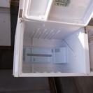 パナソニック製冷蔵庫 NR-B142W-W型  2010年製