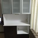 食器棚(ほぼ新品)を5000円で譲ります。