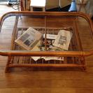 籐のローテーブル ガラストップ