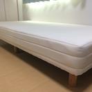 ベッド(脚付きマットレス)