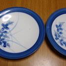 涼しげな 青のもようの小皿 1枚¥50