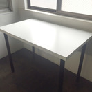 IKEA フリーテーブル