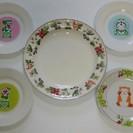 お皿5枚(ウェッジウッド、ドラえもん、ラスカル)