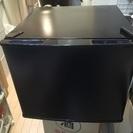 【取引中】★美品★ 小型17L 黒冷蔵庫 2014年製