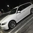 BMW 320iツーリング【アルピンホワイト】車検30年1月まで