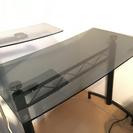 【値下げしました】ガラステーブルデスク(PCも可)