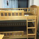 二段ベッドと勉強机2台のセット