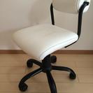 キャスター付き椅子
