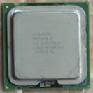 150円 CPU ペンティアムD 2.8GHz