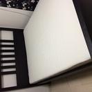 IKEAのダブルベッド 状態良し