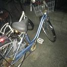 中古自転車 6段階ギア付き 後ろパンクあり