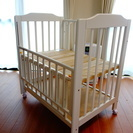 【ベビーベッド】 ベッドマットレス・ベッド四方ガード付き