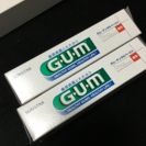 取引中です!!G.U.M 歯磨き粉 2本