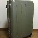 長期・海外旅行などで使える大容量キャリーバッグです!