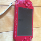 PSP レッド ジャンク 充電器、カセット ケース付き