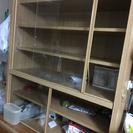 木製食器棚 収納 と抽出し服家具無料