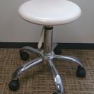 丸椅子 白、 傷あり、 2脚