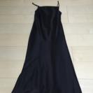 黒のドレスワンピース