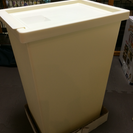 【新品】IKEA 蓋つきゴミ箱二個