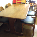 ダイニングテーブル&4脚チェアー (値下げしました)