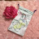 新品 ディズニープリンセス スマホポーチ 白雪姫