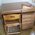 学習机(高さ調整付きイス、可動式サイド引き出し付き)