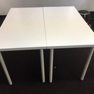 【無料】机2つ(IKEA・白色)と椅子1つ(黒色)をお譲りします。...