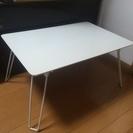 スクエア型テーブル