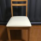 テーブル椅子2つ