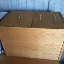 シンプル木の机
