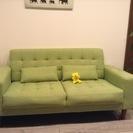 ☆交渉中です☆【取りに来てくれる方限定】NOCE 緑色ソファー &...