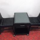 【値下げします!】レトロな感じの椅子2脚とローテーブル(応接セット)
