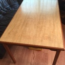 中古品のカリモクのテーブル