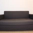 IKEAの2人がけソファ