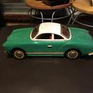ブリキの車 カルマンギア