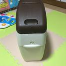 オムツ用のゴミ箱