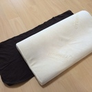 TEMPUR 枕 サイズS クイーンシリーズ 無印のカバー付