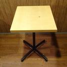 値下げ 定価一万三千円 カフェなどのお店に 四角テーブル