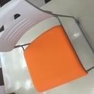 スタッキングチェア オレンジイス PMC-430