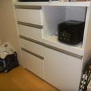 美品★レンジラック(キッチン収納、大型レンジ設置可能)