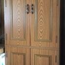 扉付き整理棚 スライド式棚板付き、衣類など