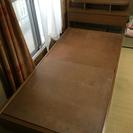 頭もと棚&電気付きシングルベッド