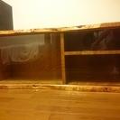 木製ガラス収納棚